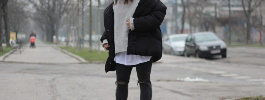 Austrianblogger-Lifeandcolours-Fashion-Inspo-Daunenjacke-Outfit-Winter-Attire-Pouf-Jacket-Sweater-Weather_4