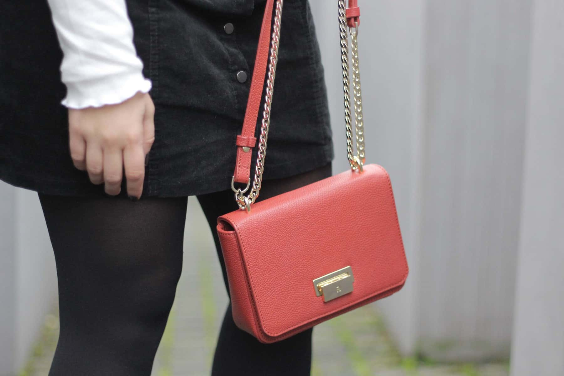 Austrianblogger Lifeandcolours Outfit red Aigner Munich Lucy Bag